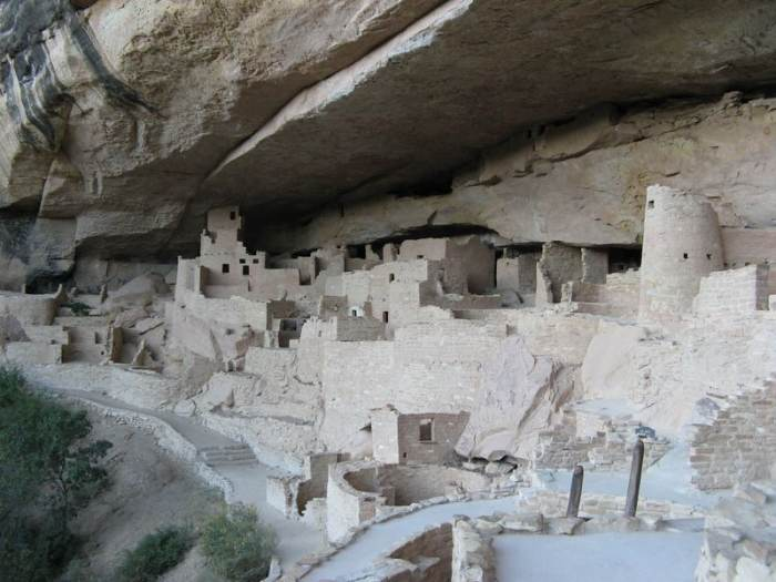 photo of the cliff palace at mesa verde NP
