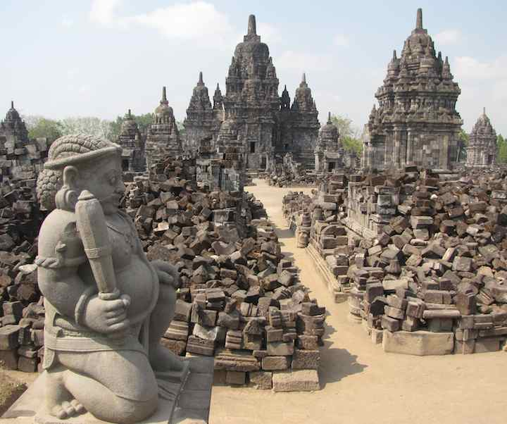 photo of Candi Sewu entrance