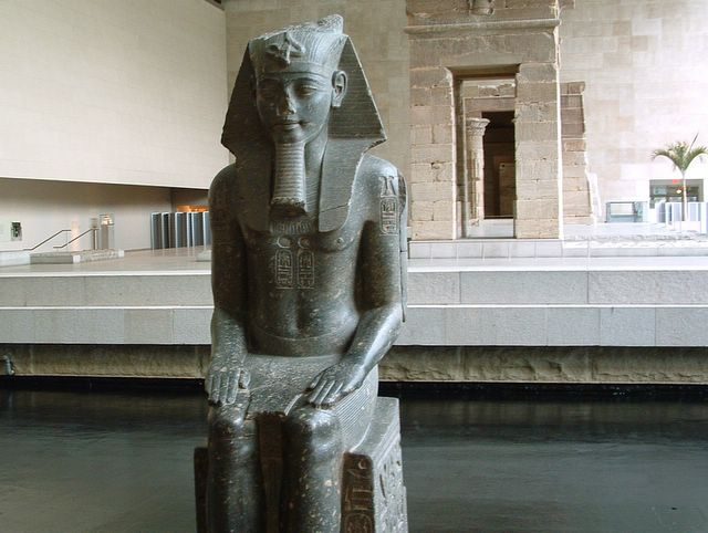 photo of the  Statue of Amenhotep III by John Hunter